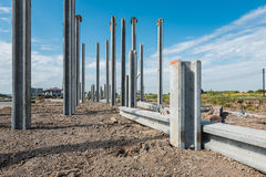 Consruction site with  precast concret pile and pile-driver Royalty Free Stock Photos
