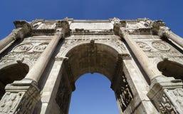 Constantine båge i Rome, Italien Arkivbilder