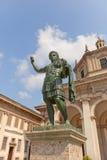 Constantine Ja statua w St Lorenzo bazylice w Mediolan, Włochy Obrazy Royalty Free