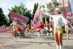 Constitution Day of Ukraine. SUMY - JUNE 28: Cheerleaders on the town square performing on the Constitution of Ukraine on June 28, 2010 in Sumy, Ukraine Stock Photography