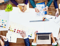 Constraction设计小组会议激发灵感计划概念 免版税库存图片