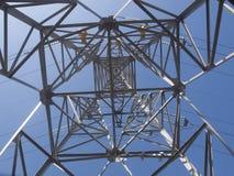 Constraction de alto voltaje de los posts Imagenes de archivo