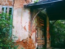 construção abandonada velha na região de Zhytomyr, no outono 2018 & no x28; casa Tereshchenkov& x29; foto de stock
