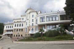 Construção administrativa do indivíduo do verde do hotel Foto de Stock
