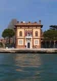 Construção bonita no distrito de Castello de Veneza Fotos de Stock