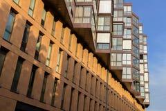 Construção com arquitetura exterior bonita fotos de stock