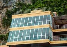 Construção com janelas panorâmicos Imagem de Stock