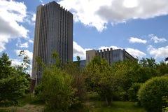 Construção com o céu azul Foto de Stock