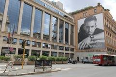 Construção com o cartaz de Emporio Armani em Roma, Itália Imagem de Stock Royalty Free