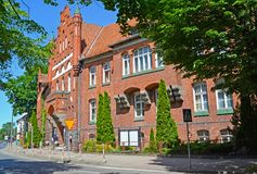 A construção da autoridade municipal em Braniewo, Polônia fotografia de stock