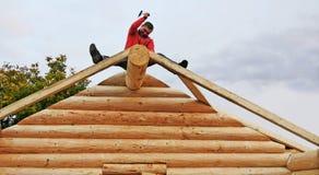 Construção da cabana rústica de madeira Imagens de Stock