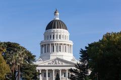 Construção da casa e do Capitólio do estado de Califórnia, Sacramento Fotos de Stock