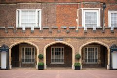 Construção da corte do mosteiro, Londres, Reino Unido imagem de stock
