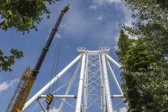 Construção da roda de Ferris 65 medidores em Rostov-On-Don Imagem de Stock Royalty Free