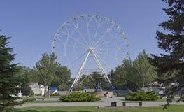 Construção da roda de Ferris 65 medidores em Rostov-On-Don Foto de Stock