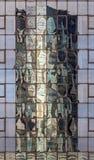 Construção da torre do céu refletida Imagem de Stock
