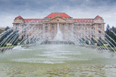 Construção da universidade de Debrecen, Hungria Fotos de Stock