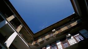 Construção de apartamentos interna velha filme