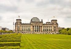 Construção de Berlim, de Reichstag e torre da tevê Imagem de Stock