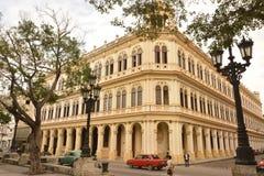 CONSTRUÇÃO DE CANTO BONITA VELHA DE CUBA HAVANA imagens de stock