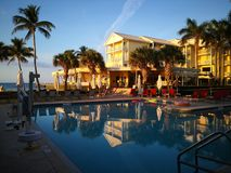 Construção de Key West no sol tropical da manhã imagem de stock