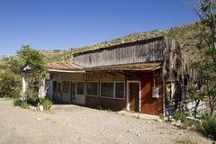 Construção de loja de madeira ocidental abandonada Fotografia de Stock