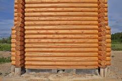 Construção da cabana rústica de madeira Foto de Stock Royalty Free
