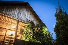 Construção de madeira da jarda imagem de stock royalty free