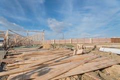 Construção de madeira de quadro home dos fardos da construção nova Imagem de Stock Royalty Free