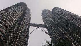 Construção de malaysia das torres gêmeas de Petronas Fotografia de Stock Royalty Free