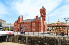 Construção de Pierhead na baía de Cardiff - Gales, Reino Unido Fotografia de Stock Royalty Free