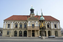 Construção de Rathaus Alter Markt em Magdeburgo fotografia de stock