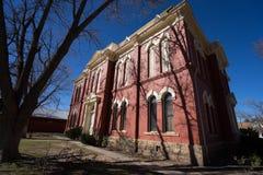 Construção de tijolo vermelho em texas alpino fotografia de stock royalty free