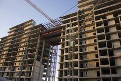 Construção de um edifício de apartamento Fotos de Stock
