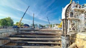 Construção de uma linha circular nova do metro Rússia vídeos de arquivo