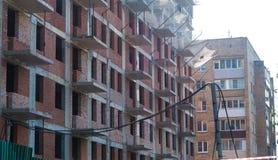 Construção de uma construção residencial nova Imagem de Stock Royalty Free