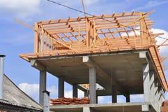 Construção do assoalho superior de uma casa privada fotos de stock royalty free