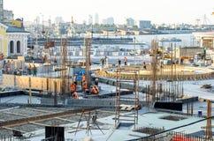 Construção do canteiro de obras no centro da cidade Fotos de Stock