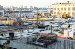 Construção do canteiro de obras no centro da cidade Imagens de Stock Royalty Free