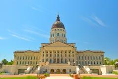 Construção do Capitólio do estado de Kansas em Sunny Day Imagem de Stock Royalty Free