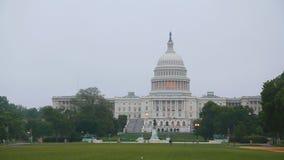 Construção do Capitólio do Estados Unidos em Washington na manhã