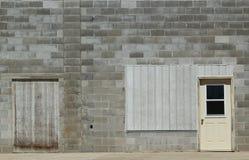 Construção do centro velha com porta Foto de Stock Royalty Free