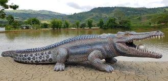 Construção do crocodilo Imagens de Stock