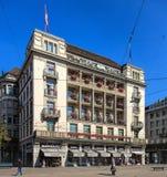 Construção do en Ville de Baur do couve-de-milão do hotel em Zurique, Suíça Imagens de Stock Royalty Free