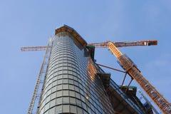 Construção do escritório do Highrise Fotos de Stock