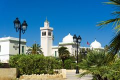 Construção do governo no quadrado de Kasbah em Tunes, Tunísia foto de stock