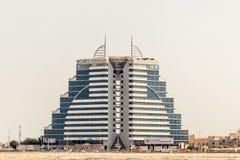 Construção do hotel em Manama, Barém imagens de stock