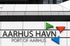Construção do porto de Aarhus em Dinamarca Fotos de Stock Royalty Free