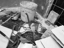 Construção do reparo com ferramentas e martelo, formão, talhador, escova, pá-de-lixo e fita métrica imagens de stock royalty free
