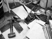 Construção do reparo com ferramentas e martelo, formão, talhador, escova, pá-de-lixo e fita métrica fotografia de stock royalty free